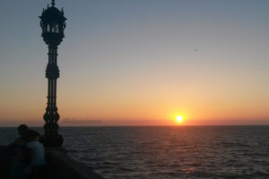 Maloutainment Urlaub Fotografie Spanien Meer Kamera Tipps Tricks Natur Architektur Blumen Stadt Ausblick Sonne Sonneuntergang Laterne