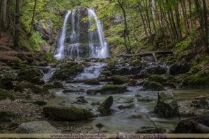 Kreativ Fotografie DIY Buch Philosophie Blog Maloutainment - Tipps fuer Anfanger Fortgeschrittene Wasserfaelle Bayern Langzeitbelichtung Wasser Natur fotografieren